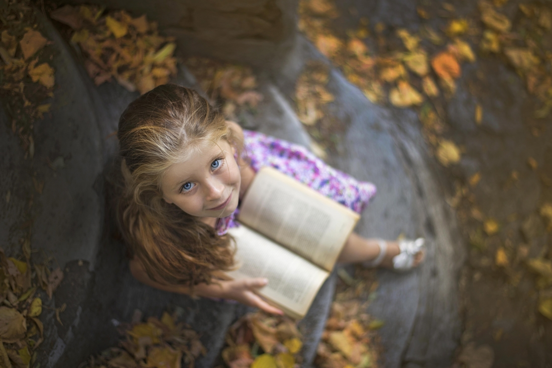 """,,Vicky and her book"""""""